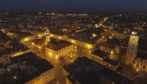 Oleśnica nocą z drona