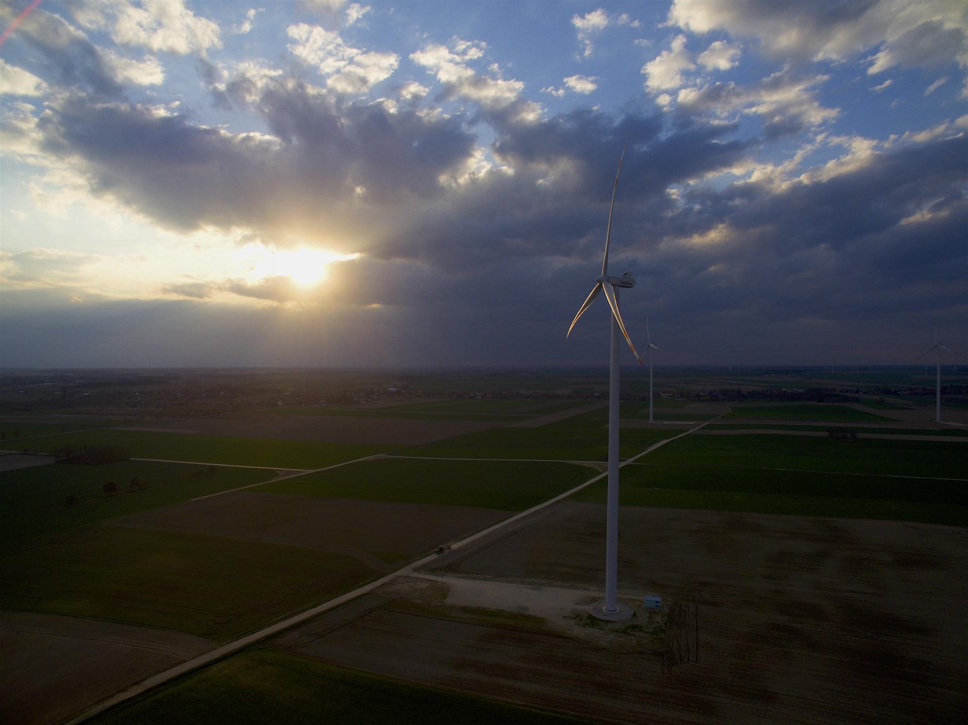 Namysłów - wiatraki - zdjęcie lotnicze